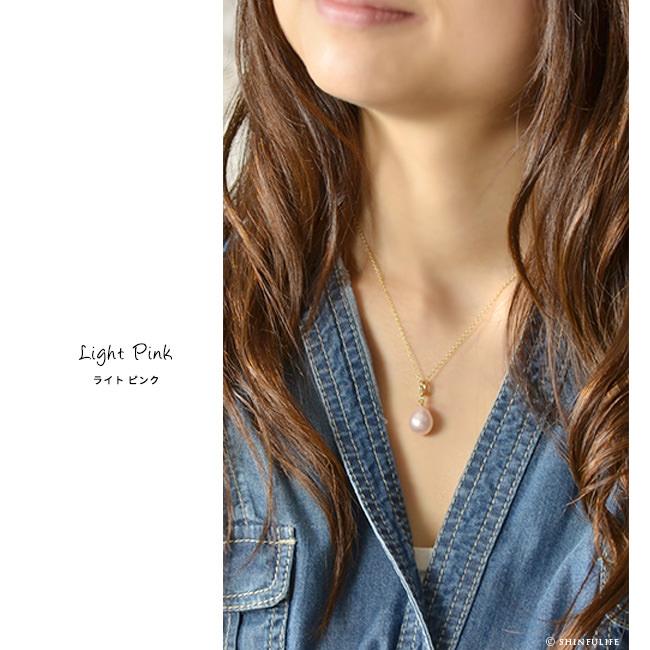 フランス製 ティアドロップ パール ネックレス Perles de Cotalatte パールドコタラッテ 映画「真珠の耳飾りの少女」で使用されたピアスと同じデザインの一粒真珠ネックレス。インポート ブランド プレゼント モデル写真 ライトピンク