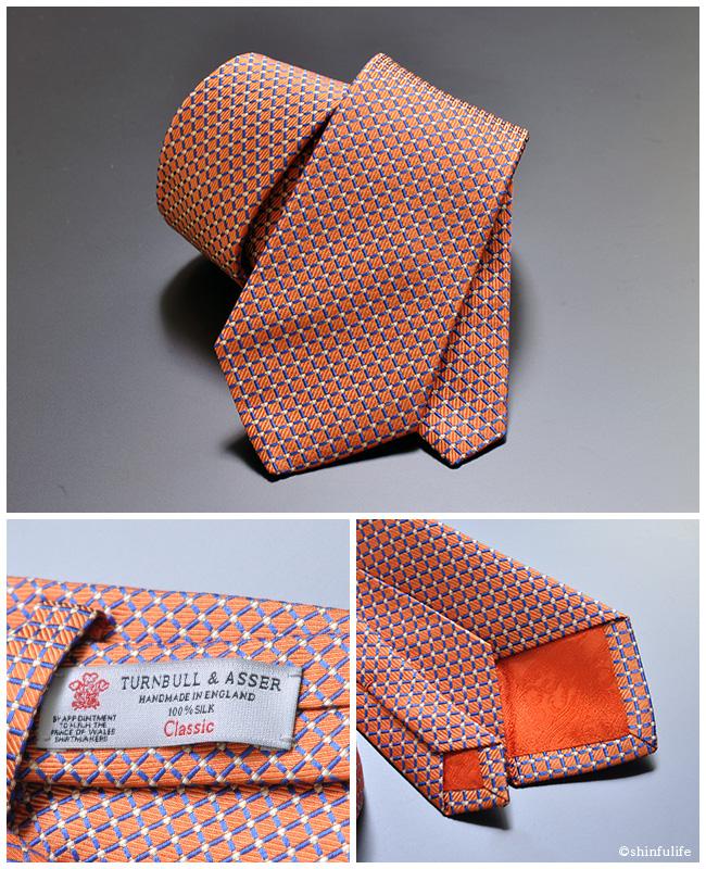 Turnbull&Asser ネクタイ ブルークロス ターンブル アッサー イギリス製 シルク 100% 幅 8cm<br>ターンブル&アッサー ブランド ビジネス 結婚式 おしゃれ オレンジ ピンク ジェームズ ボンド James Bond 通販 ブルークロス/オレンジ